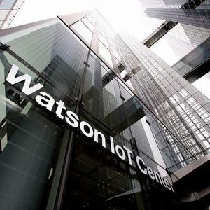 Bundespräsident Steinmeier im Watson IoT-Center