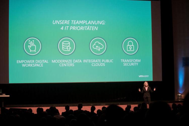"""Die vier thematischen Schwerpunkte in Hanau lauteten: """"Empower Digital Workspace"""", """"Modernize Data Centers"""", """"Integrate Public Clouds"""""""
