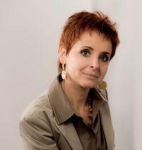 Melanie Tamblé ist Geschäftsführerin von ADENION und Expertin für PR, Online-Marketing und Social Media.