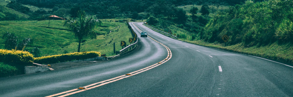 Onlinebasierte Service-Angebote wie Online-Beratung, die Online-Terminierung von Probefahrten oder Echtzeit-Verfügbarkeiten von Fahrzeugen bei Händlern wertet die Customer Journey stark auf.