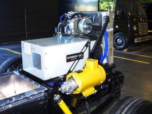 Prototyp der Brennstoffzelle, wie sie im UPS-Versuchsfahrzeug eingebaut sein wird, das im 3. Quartal 2017 auf die Straße geht.