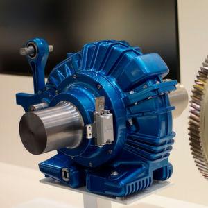 Leichtbau-Radsatzgetriebe SE-369 mit Aluminiumgehäuse und bionischer Verzahnung.