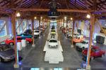 45 Mazda-Klassiker werden auf der über 1.500 Quadratmeter großen Ausstellungsfläche der Öffentlichkeit gezeigt.