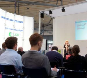 Im LSR Spotlight-Forum geht es in Vorträgen um aktuelle Themen wie Bioinoformatik oder wissenschaftliche Alternativen zu Tierversuchen.