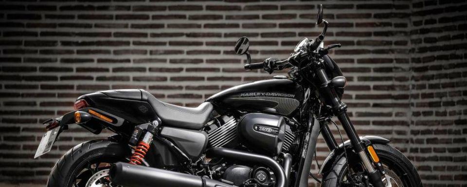 Das Motorrad wird von einem 71-PS-Motor angetrieben.