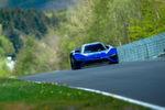 Das Kleinserienfahrzeug toppte seine selbst aufgestellte Rundenbestzeit für E-Fahrzeuge auf dem Nürburgring um 19 Sekunden ...