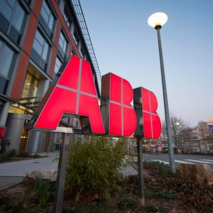 ABB und IBM entwickeln Lösungen mit künstlicher Intelligenz