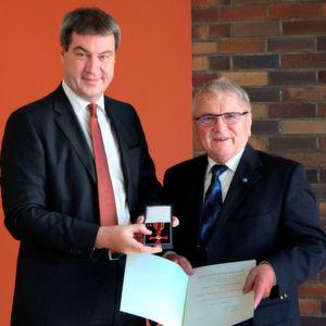 Breitschwert erhält Bundesverdienstkreuz