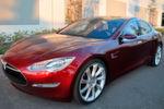 Tesla S: Im Tesla S ist Platz für fünf Erwachsene und zwei Kinder.
