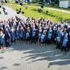 103 frischgebackene Akademiker feiern Studienabschluss
