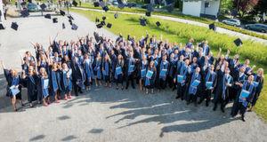 103 junge Akademiker feierten ihren Studienabschluss an der Provadis School of International Management & Technology.