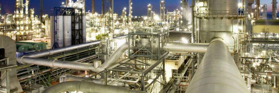 BASF könnte einen gewichtigen Gegenspieler aus China bekommen. Wenn sich Sinochem und Chemchina zusammenschließen, würden sie den deutschen Chemiegiganten überflügeln.