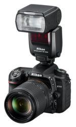 Zu den ergonomischen Verbesserungen bei Nikons D7500 zählen der neue neigbare Monitor mit Touchscreen-Bedienung und ein ausgeprägter Griff mit tieferer Mulde für einen stabilen und außergewöhnlich komfortablen Halt.