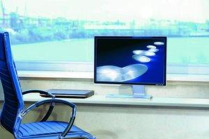 Großen Flachbildschirmen im Widescreen-Format gehört die Zukunft.