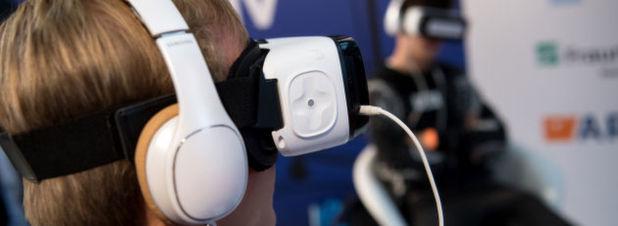 Hatte im vergangenen Jahr noch ein großer Hype um das Thema Virtuelle Realität bestanden, so scheint dieses Feuer in den letzten Monaten einer gewissen Ernüchterung zu weichen. Google lässt sich davon nicht beirren: Auch der Entwicklerkonferenz Google I/O kündigte das Unternehmen große Pläne an, um eindrucksvolle VR auch ohne Highend-PC zu ermöglichen.