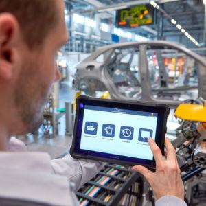 Die digitale Welt weiter in die Unternehmen bringen und dazu die Mitarbeiter einbeziehen. Das gehört zum Ziel der von Porsche Consulting und MHP.