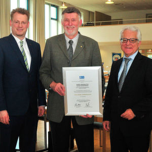 Rainer Biedermann erhält Goldene Ehrennadel