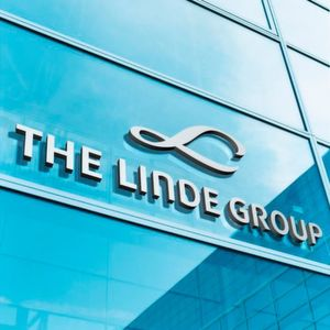Praxair and Linde Sign Business Combination