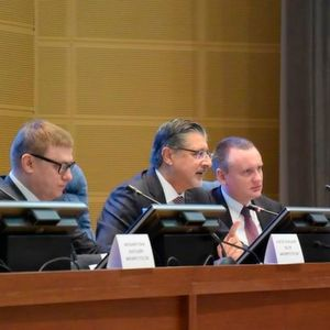 Alexey Teksler, Russia's First Deputy Minister of Energy; Adnan Z. Amin, Director-General of IRENA and Dolf Gielen, Director of IRENA's Innovation and Technology Centre at the launch of REmap Russia in Moscow.