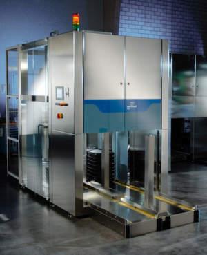 Palettierer Clearliner im Cleandesign mit garantierter Verfügbarkeit für effizientes Zu- und Abführen von Stückgut in großen Mengen.