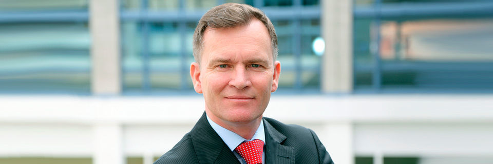 Der Autor: Marc Hirtz ist Geschäftsführer von Pitney Bowes Deutschland und Vice President Continental Europe / Software Business. In dieser Rolle verantwortet er das Customer Engagement, Location Intelligence und Customer Information Management-Geschäft in Westeuropa.