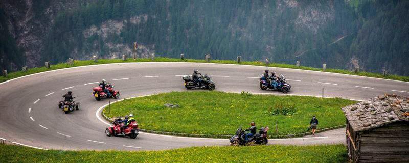 Am Freitag führte die Route die Teilnehmer an mehreren Checkpoints und den schönsten Stellen der Seenlandschaft vorbei.