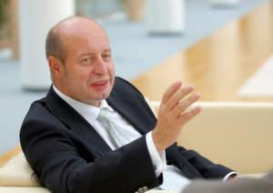 Rolf-Jan Jünemann sieht den Fachhändler als Kunden und gleichwertigen Vertriebspartner.