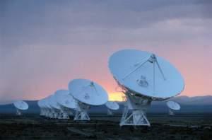 Die Digitalisierung des TV-Empfangs lässt viele Nutzer von Antenne zu Satellit wechseln.