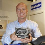 Jens Breidenbach von Motair informiert über Fehlerquellen beim Turbolader-Einbau.