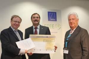 Verleihung des ASERCOM Energy Efficiency Awards (von links: Michael Müller MdB, Dr. Bruno Lindl, Jochen Winkler) Bilder: ebm-papst