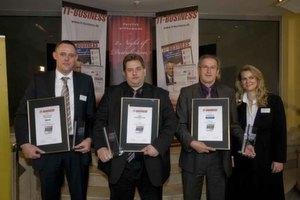 Die mit den Top-3-Awards ausgezeichneten Spezial-Distributoren mit Eigenmarke (v.l.): Bernd Tillmann von Tarox (Gold-Award), Rolf Koch von Rombus (Platin-Award) und Fritz Häussler von Wortmann (Silber-Award).
