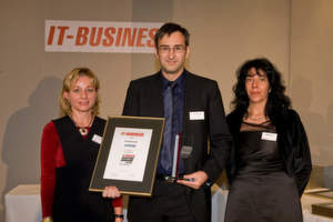 Volker Mitlacher von Systeam ging als Gewinner des Platin-Awards in der Kategorie Spezial-Distribution hervor.