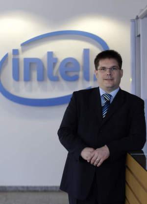 Intels Channel-Manager Christian Ganz erläutert, warum Intel Common Building Blocks nicht mehr als Erfolg betrachtet.