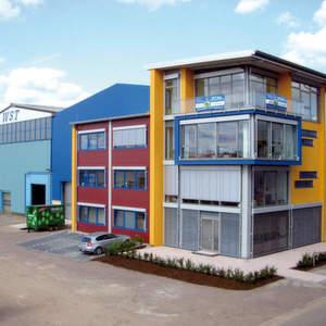 1,5 Mio. Euro sind in den Bau des Bürogebäudes von WST-Stein im Gewerbegebiet Rohrbach Süd II geflossen.Bild: WST-Stein