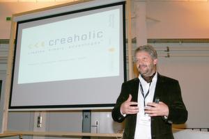 Marcel Aeschlimann, Partner und Teilhaber der Creaholic SA, stellt das Unternehmen beim Morning Talk des Medical Clusters vor.