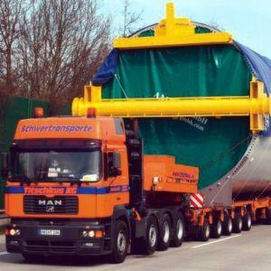 Mehr Schwergut aufs Wasser: Der Transport großer Güter erfordert entsprechende Kapazitäten und Sicherheitsmaßnahmen, die auf der Straße oft nicht zufriedenstellend gewährleistet werden können. Bild: BSK