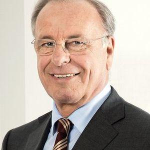 """VBW-Präsident Randolf Rodenstock: """"Familiengeführte Unternehmen haben viele Stärken. Dazu zählen Schnelligkeit, Bodenständigkeit, ein hohes Maß gesellschaftlichen Engagements, langfristiges Denken oder eine im wahrsten Sinne des Wortes familiäre Arbeitsatmosphäre."""" Bild: VBM"""
