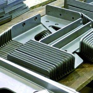 Blechbearbeitung in allen Facetten – dafür ist die Seeger Lasertechnik gut ausgestattet.