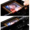 Prototyp eines aufrollbaren OLED-Displays für bewegte Farbbilder