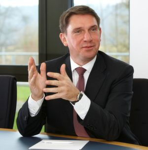 Dirk Henniges, Geschäftsführer der Compass Gruppe