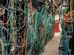 So sieht Networking heute aus. Brocade One räumt damit auf.