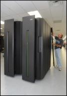 Der neue zEnterprise Großrechner von IBM integriert auch POWER7- und x86-Blades.