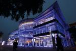 """Und so sieht der Standort heute aus. Die Wolfsburger eröffneten das """"größte VW-Autohaus Deutschlands"""" im Oktober 2009."""