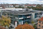 Der ehemalige Toyota-Weller-Betrieb in der Franklinstrasse in Berlin gehört heute zu Volkswagen Automobile Berlin, der früheren Eduard Winter-Gruppe, die inzwischen eine Tochtergesellschaft von Volkswagen Retail ist.