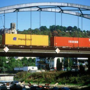 Zwar hat der Schienengüterverkehr das Niveau des ersten Halbjahres 2007 noch nicht ganz erreicht, verzeichnet aber dennoch einen kräftigen Zuwachs im Vergleich mit den ersten sechs Monaten des Jahres 2010. Bild: DB AG/Seyferth