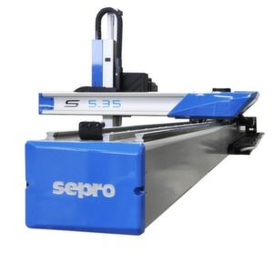 Die neuen Sepro-Roboter sind für die Teileentnahme an Spritzgießmaschinen konzipiert. Bild: Sepro Robotique