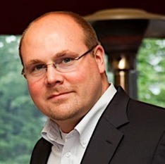 Sascha Waldhecker ist Produkt-Manager bei Tim.