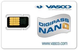 Sicherheitsschicht: Vasco Digipass Nano wird zusammen mit der SIM-Karte ins Handy eingesetzt.