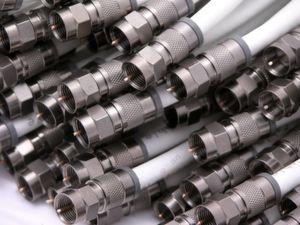 EMV-Dimensionierung: Steckverbinder gegen Burst und ESD-Störungen schützen (Bild: ANGA Messe)