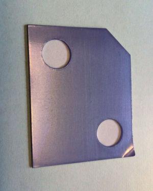 Die 0,025-mm-Folie mit Fingerlift gleicht Toleranzen im Hochgenauigkeitsbereich aus und ermöglicht ein einfaches Abziehen.
